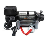 With both wired and wireless remote control, 12 000lbs Steel Cable Winch